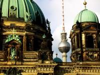 Berlin: Ort der Parteien – Medien – Verbände